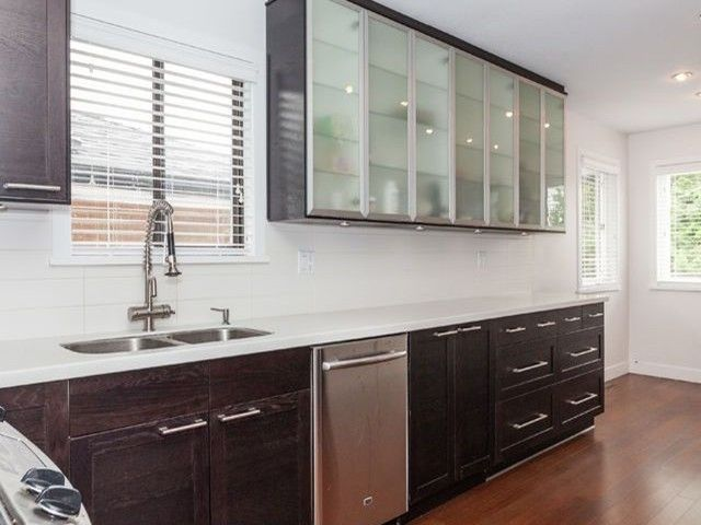 Photo 7: Photos: 4260 VENABLES ST in Burnaby: Willingdon Heights House for sale (Burnaby North)  : MLS®# V1126762