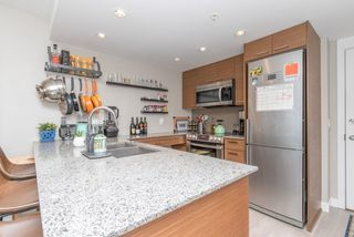 Photo 5: 411 135 E 17TH STREET in North Vancouver: Central Lonsdale Condo for sale : MLS®# R2616612