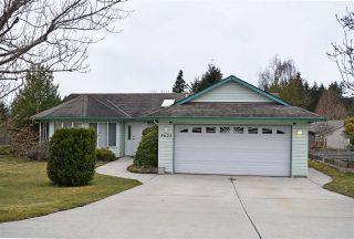Photo 1: 5623 EMERSON ROAD in Sechelt: Sechelt District House for sale (Sunshine Coast)  : MLS®# R2448377