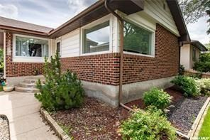 Main Photo: 3239 Robinson Street in Regina: Lakeview RG Residential for sale : MLS®# SK840288