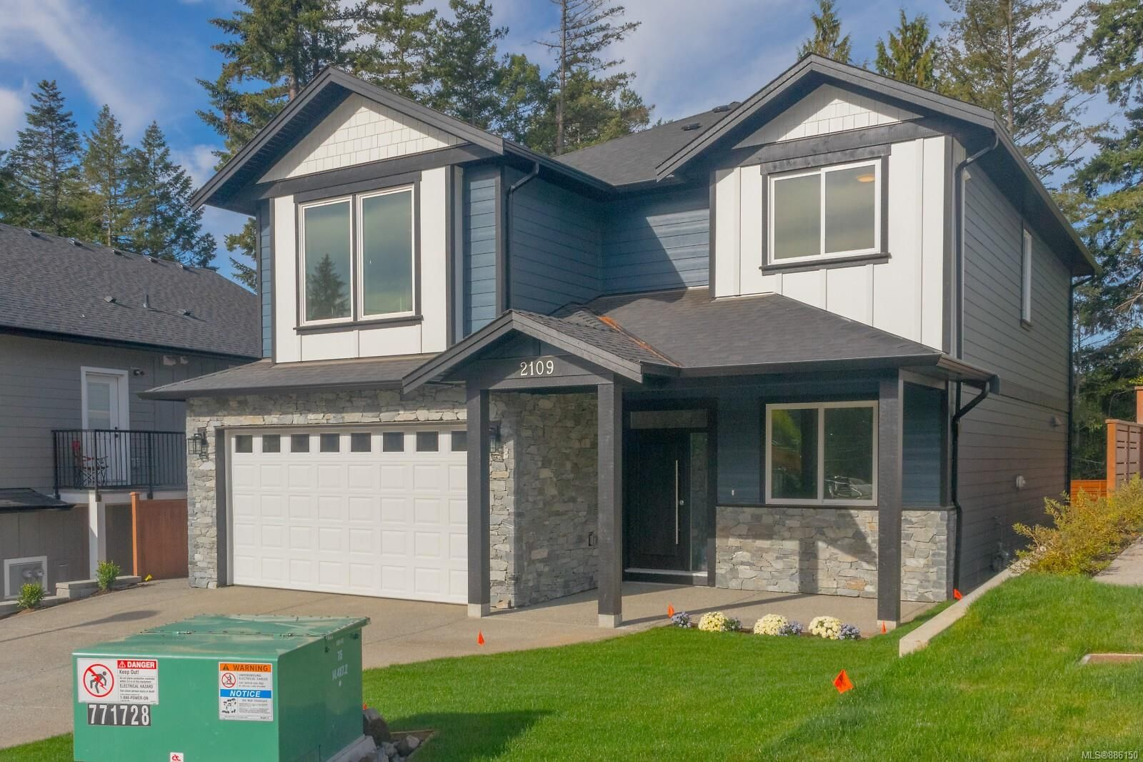 Main Photo: 2109 Triangle Trail in : La Happy Valley House for sale (Langford)  : MLS®# 886150