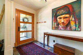 Photo 6: 87 Wildwood Drive SW in Calgary: Wildwood Detached for sale : MLS®# A1126216