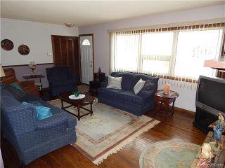 Photo 3: 506 Horton Avenue West in Winnipeg: West Transcona Residential for sale (3L)  : MLS®# 1705576