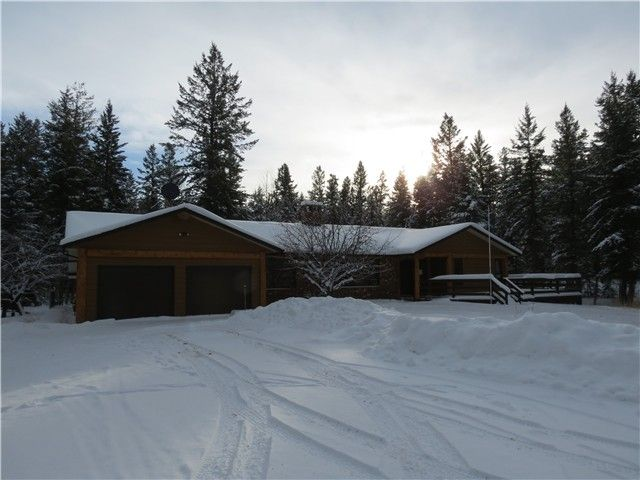 Main Photo: 3278 EAGLE Way: 150 Mile House House for sale (Williams Lake (Zone 27))  : MLS®# N224152