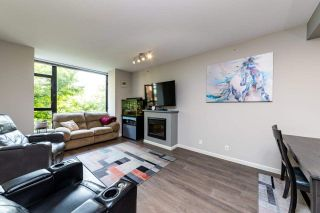 """Photo 17: 1 11 E ROYAL Avenue in New Westminster: Fraserview NW Townhouse for sale in """"Victoria Hill"""" : MLS®# R2496427"""