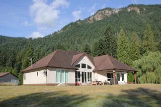 Photo 10: 25330 TRANS CANADA Highway in Yale: Yale - Dogwood Valley House for sale (Hope)  : MLS®# R2487134