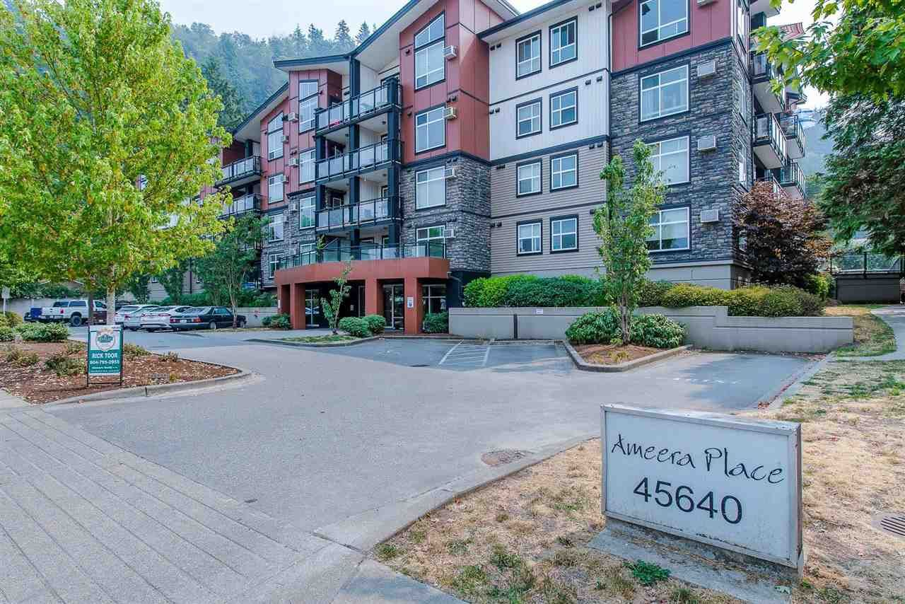 """Main Photo: 302 45640 ALMA Avenue in Chilliwack: Vedder S Watson-Promontory Condo for sale in """"Ameera Place"""" (Sardis)  : MLS®# R2589892"""