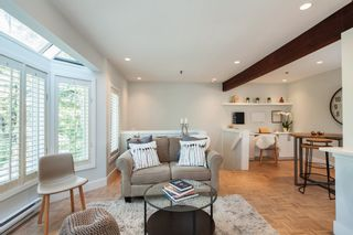 "Photo 3: E2 1100 W 6TH Avenue in Vancouver: Fairview VW Townhouse for sale in ""FAIRVIEW PLACE"" (Vancouver West)  : MLS®# R2189422"