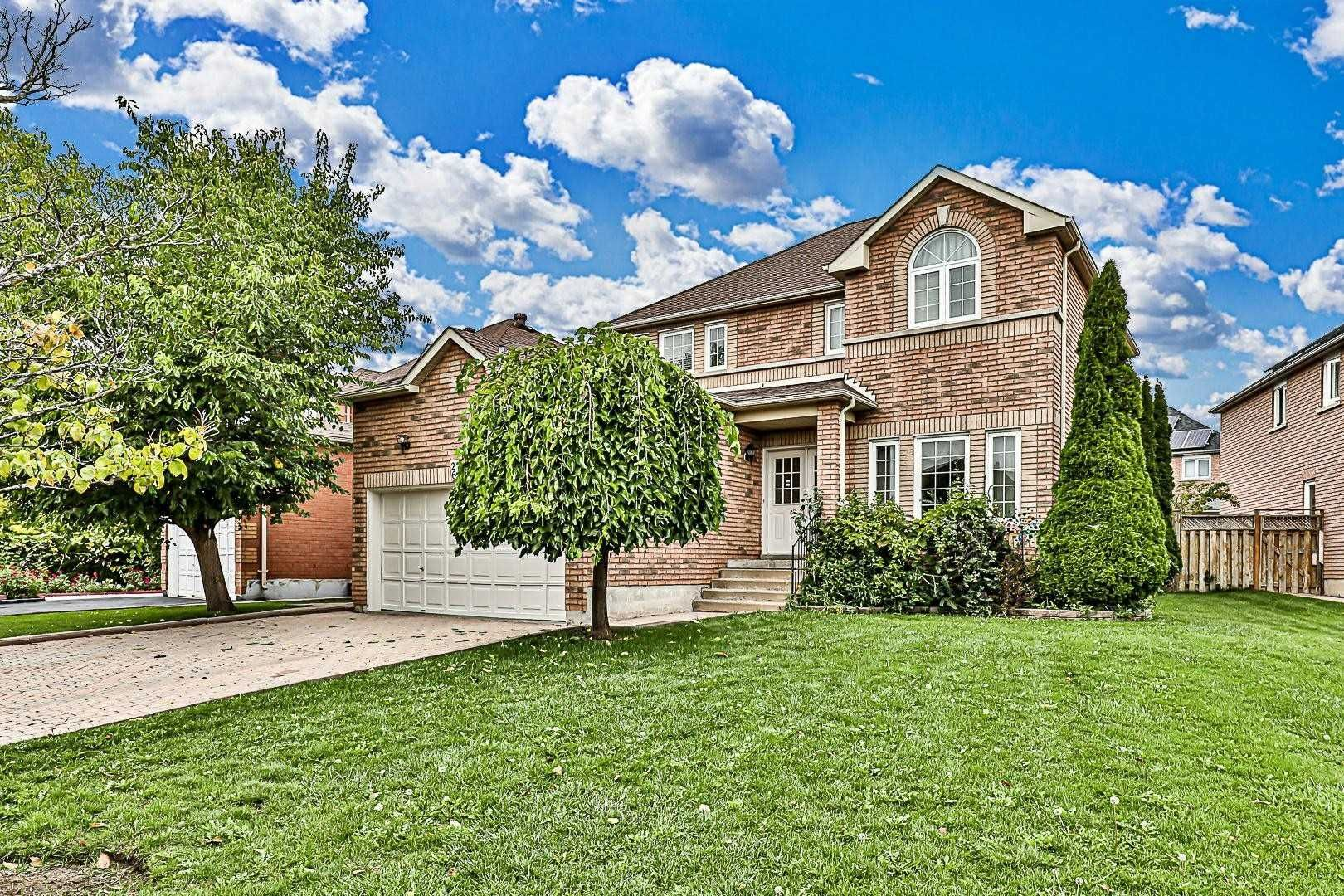 Main Photo: 26 Beulah Drive in Markham: Middlefield House (2-Storey) for sale : MLS®# N5394550