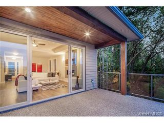 Photo 19: 114 1177 Deerview Pl in VICTORIA: La Bear Mountain House for sale (Langford)  : MLS®# 684098
