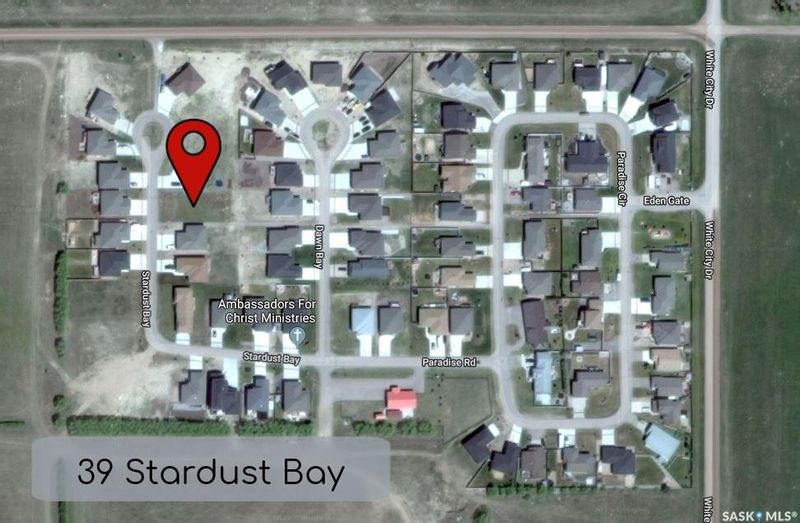 FEATURED LISTING: 39 Stardust Bay White City