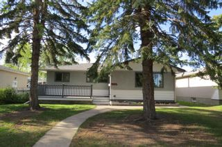 Photo 1: 1990 Cottonwood Crescent SE in Calgary: Southview Detached for sale : MLS®# A1115192