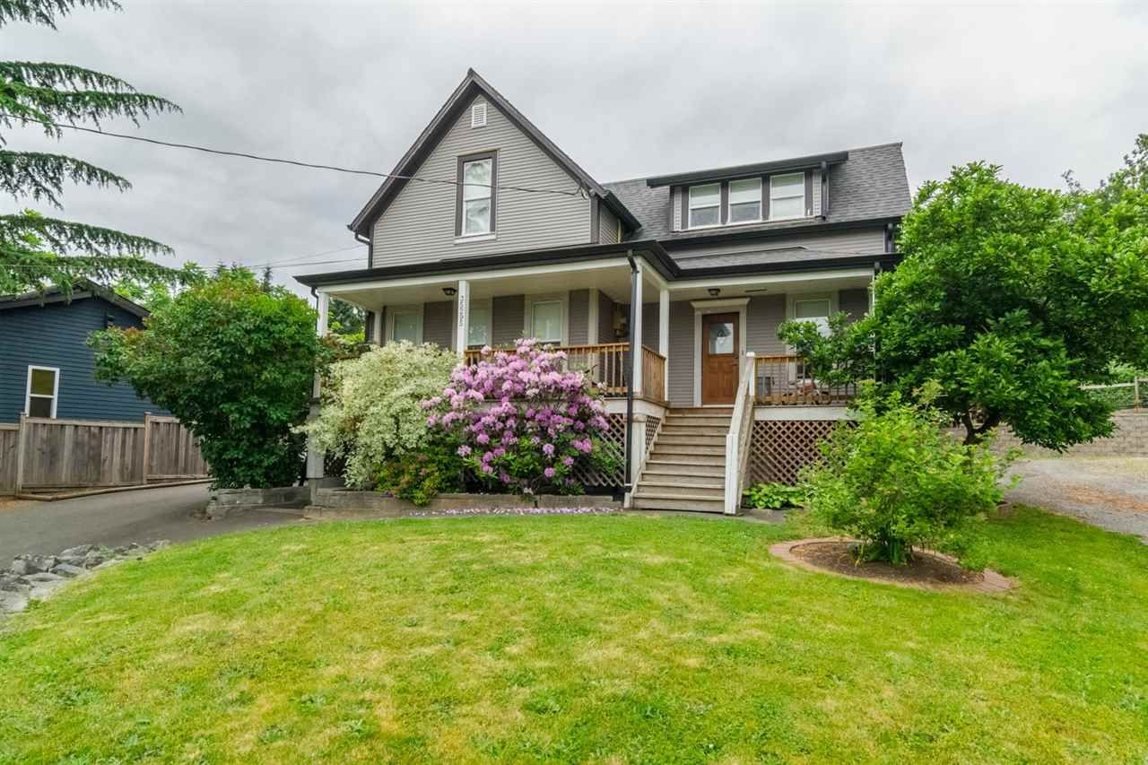 Main Photo: 35295 DELAIR Road in Abbotsford: Abbotsford East House for sale : MLS®# R2072440