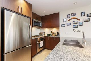 """Photo 5: 607 2978 GLEN Drive in Coquitlam: North Coquitlam Condo for sale in """"GRAND CENTRAL"""" : MLS®# R2302691"""