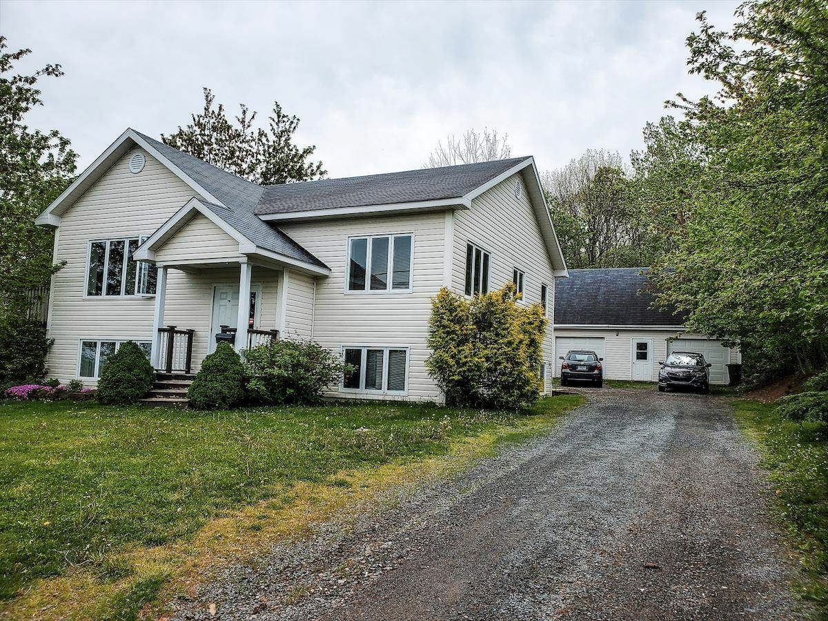 Main Photo: 294 Prospect Avenue in Kentville: 404-Kings County Residential for sale (Annapolis Valley)  : MLS®# 202113326