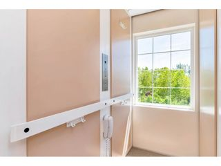 "Photo 31: 13557 55A Avenue in Surrey: Panorama Ridge House for sale in ""Panorama Ridge"" : MLS®# R2467137"