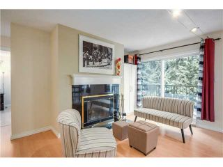 """Photo 3: 307 620 BLACKFORD Street in New Westminster: Uptown NW Condo for sale in """"DEERWOOD COURT"""" : MLS®# V1055259"""