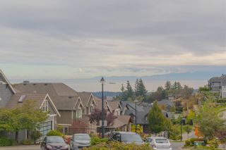 Photo 31: 2206 Woodhampton Rise in Langford: La Bear Mountain House for sale : MLS®# 886945