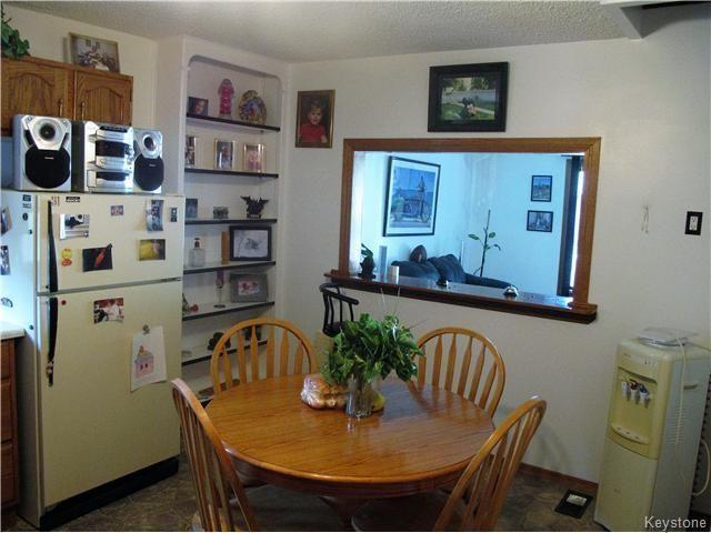 Photo 9: Photos:  in Winnipeg: East Kildonan Residential for sale (North East Winnipeg)  : MLS®# 1613040
