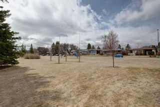 Photo 29: 731 45 Street SW in Calgary: Westgate Detached for sale : MLS®# A1092101