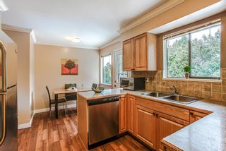 Photo 3: 3271 NORFOLK Street in Port Coquitlam: Lincoln Park PQ House for sale : MLS®# R2139122