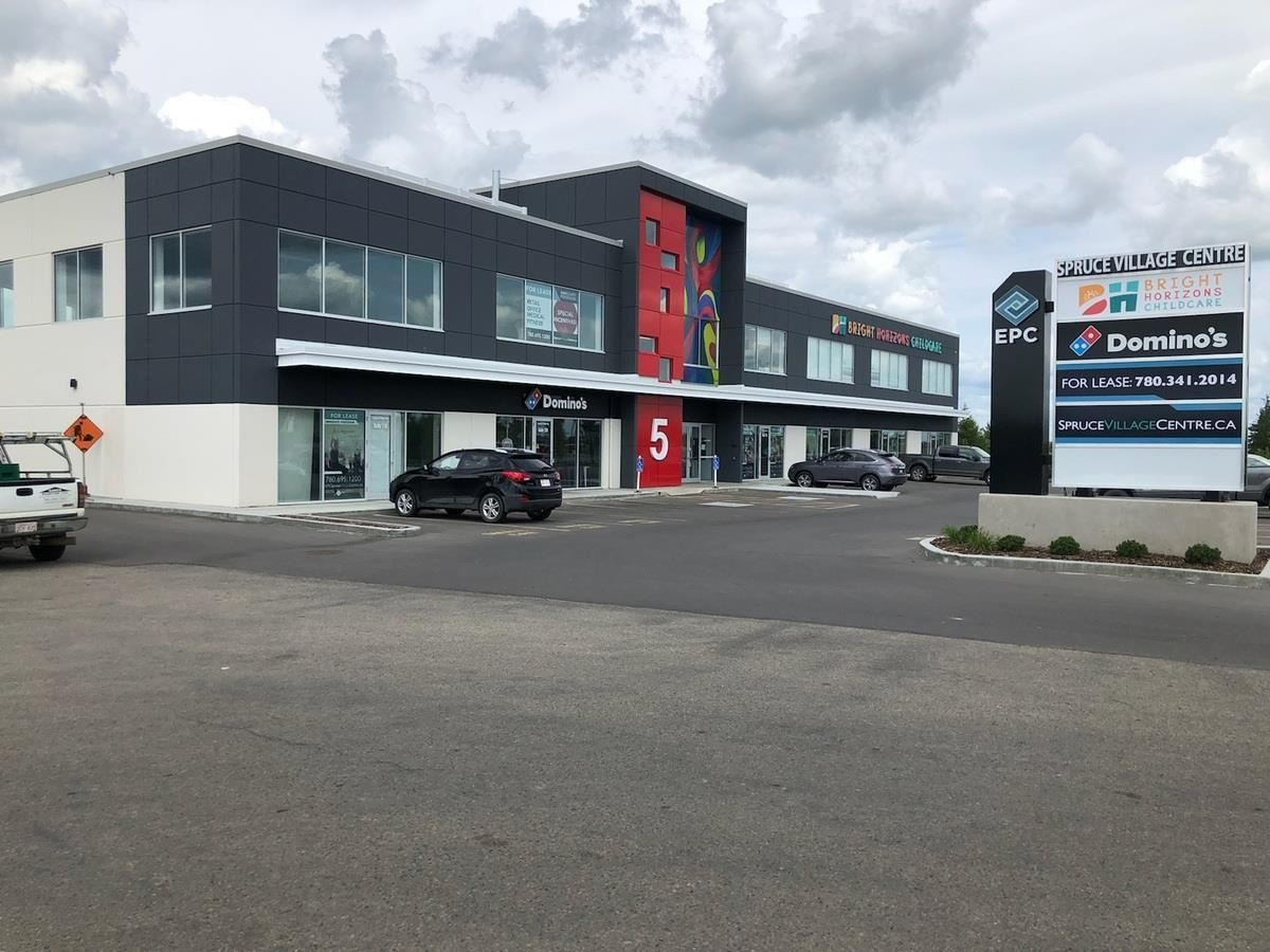 Main Photo: 220, 150 5 Spruce Village Way: Spruce Grove Retail for lease : MLS®# E4193262