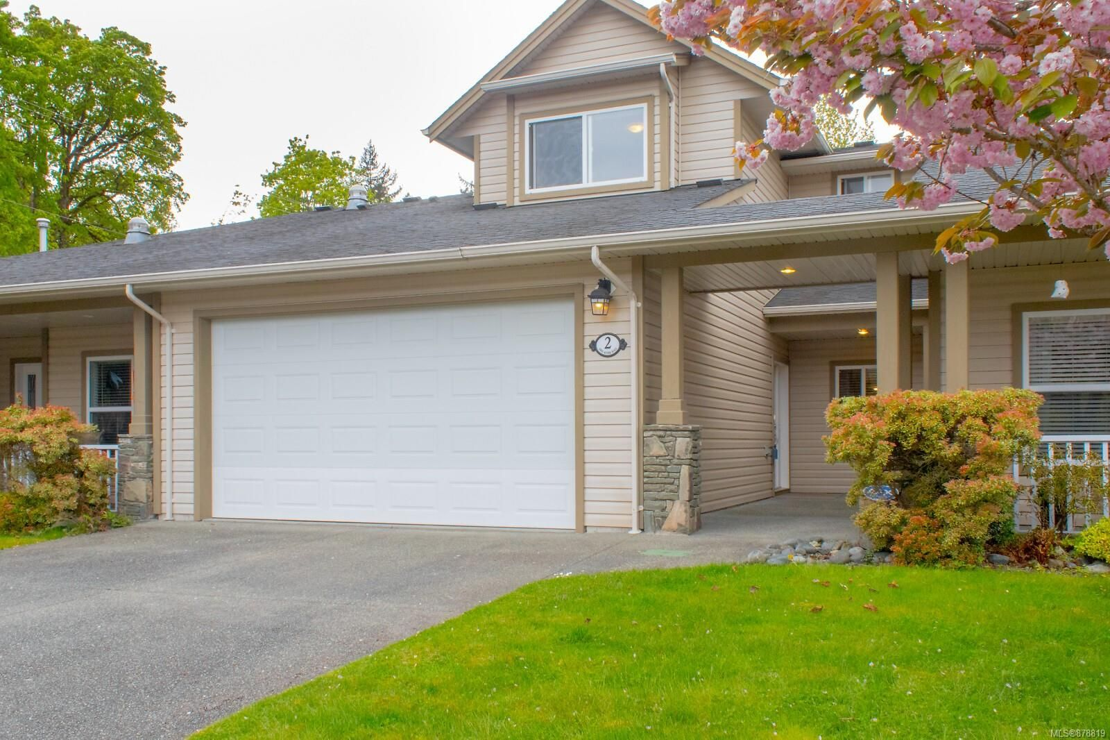 Main Photo: 2 2895 River Rd in : Du Chemainus Row/Townhouse for sale (Duncan)  : MLS®# 878819