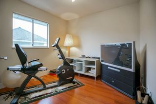 """Photo 15: 12362 63A Avenue in Surrey: Panorama Ridge House for sale in """"Boundary Park"""" : MLS®# R2124383"""