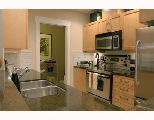 """Photo 6: Photos: 213 6328 LARKIN Drive in Vancouver: University VW Condo for sale in """"JOURNEY"""" (Vancouver West)  : MLS®# V782145"""