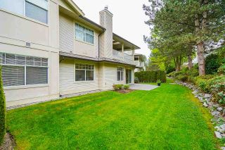 """Photo 4: 171 20391 96 Avenue in Langley: Walnut Grove Townhouse for sale in """"Chelsea Green"""" : MLS®# R2573525"""