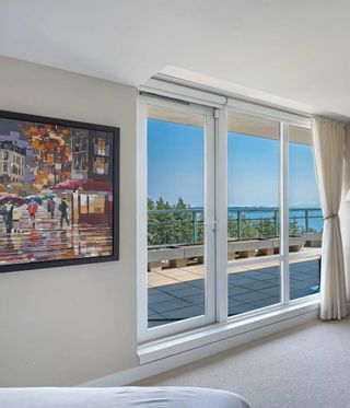 """Photo 26: 1102 14824 NORTH BLUFF Road: White Rock Condo for sale in """"BELAIRE"""" (South Surrey White Rock)  : MLS®# R2604497"""