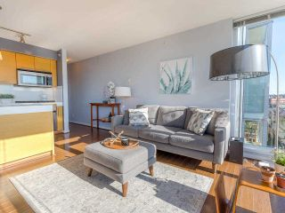 "Photo 8: 701 2770 SOPHIA Street in Vancouver: Mount Pleasant VE Condo for sale in ""STELLA"" (Vancouver East)  : MLS®# R2555466"