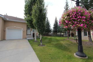 Photo 4: 3 SCIMITAR Rise NW in Calgary: Scenic Acres Semi Detached for sale : MLS®# C4203805