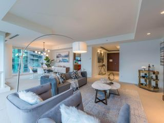 Photo 8: 902 1139 W CORDOVA Street in Vancouver: Coal Harbour Condo for sale (Vancouver West)  : MLS®# R2542938