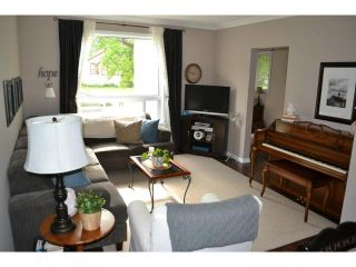 Photo 4: 216 Hampton Street in WINNIPEG: St James Residential for sale (West Winnipeg)  : MLS®# 1312074