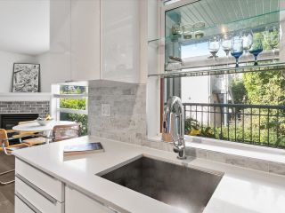 """Photo 7: 202 1617 GRANT Street in Vancouver: Grandview Woodland Condo for sale in """"Evergreen Place"""" (Vancouver East)  : MLS®# R2621057"""