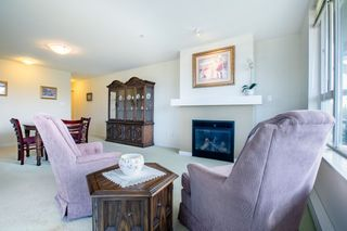 "Photo 4: 415 7089 MONT ROYAL Square in Vancouver: Champlain Heights Condo for sale in ""CHAMPLAIN VILLAGE"" (Vancouver East)  : MLS®# R2394689"
