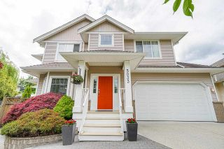 """Photo 1: 5033 223A Street in Langley: Murrayville House for sale in """"Hillcrest"""" : MLS®# R2589009"""