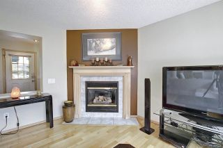 Photo 5: 219 HOLLINGER Close NW in Edmonton: Zone 35 House for sale : MLS®# E4243524