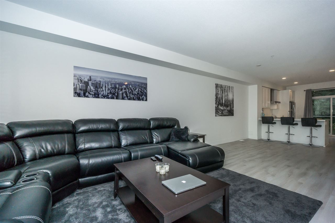 """Photo 11: Photos: 60 8570 204 Street in Langley: Willoughby Heights Townhouse for sale in """"WOODLAND PARK"""" : MLS®# R2225688"""