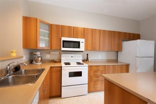 """Photo 7: 72 2000 PANORAMA Drive in Port Moody: Heritage Woods PM Townhouse for sale in """"Mountain's Edge"""" : MLS®# R2367552"""