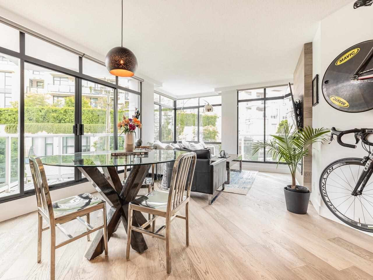 """Main Photo: 503 130 E 2 Street in North Vancouver: Lower Lonsdale Condo for sale in """"The Olympic"""" : MLS®# R2585234"""