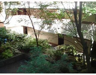"""Photo 9: 204 1830 ALBERNI Street in Vancouver: West End VW Condo for sale in """"GARDEN COURT"""" (Vancouver West)  : MLS®# V663574"""