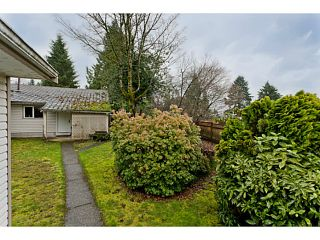 """Photo 7: 375 GUILBY Street in Coquitlam: Coquitlam West House for sale in """"CARIBOO/MAILLARDVILLE"""" : MLS®# V996440"""
