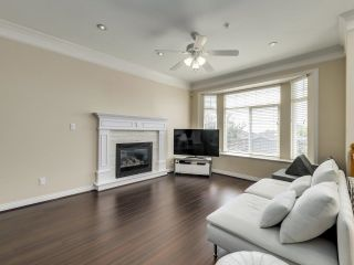 Photo 2: 1125 E 61ST Avenue in Vancouver: South Vancouver House for sale (Vancouver East)  : MLS®# R2602982