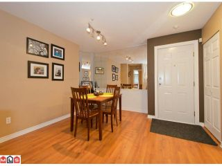 """Photo 6: 313 7151 121ST Street in Surrey: West Newton Condo for sale in """"THE HIGHLANDS"""" : MLS®# F1225530"""