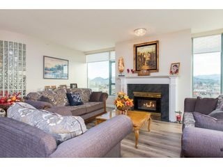 """Photo 7: 1402 32330 SOUTH FRASER Way in Abbotsford: Abbotsford West Condo for sale in """"TOWN CENTER TOWER"""" : MLS®# R2521811"""