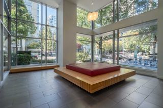 """Photo 12: 1204 1010 RICHARDS Street in Vancouver: Yaletown Condo for sale in """"THE GALLERY"""" (Vancouver West)  : MLS®# R2115670"""