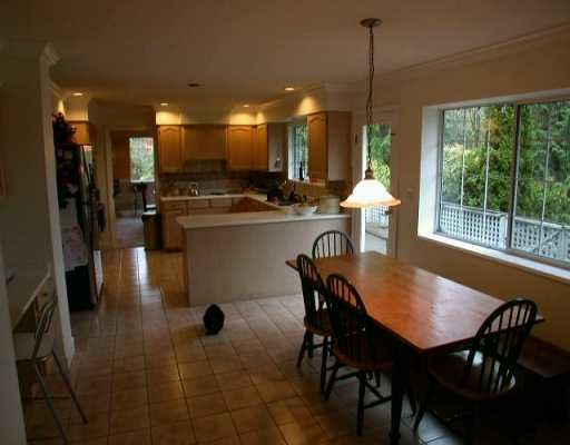 Photo 8: Photos: 5710 WESTPORT WD in West Vancouver: Eagle Harbour House for sale : MLS®# V570308