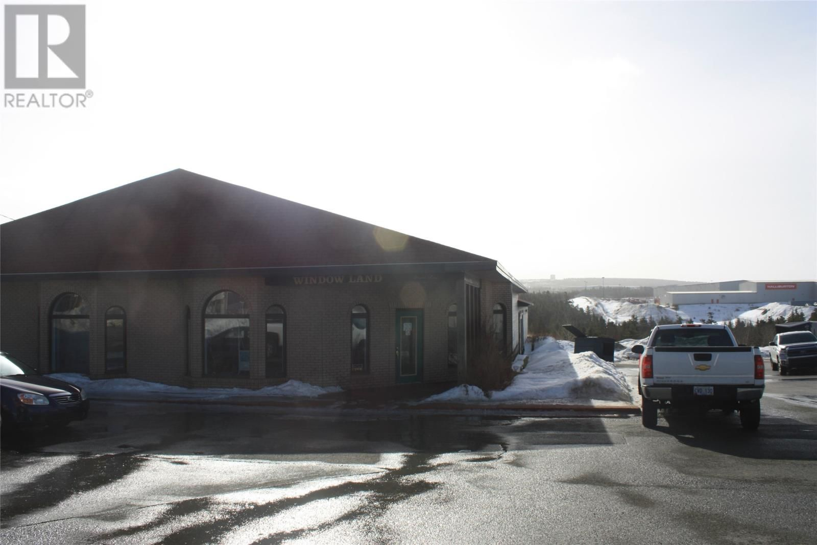Main Photo: 1171 Topsail Road in Mount Pearl: Industrial for sale : MLS®# 1236631